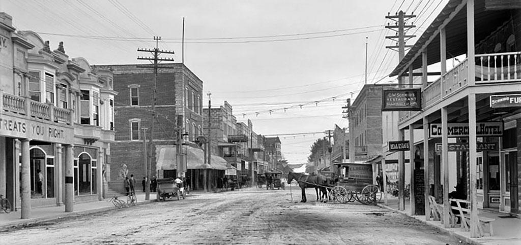 Old Miami Street scene